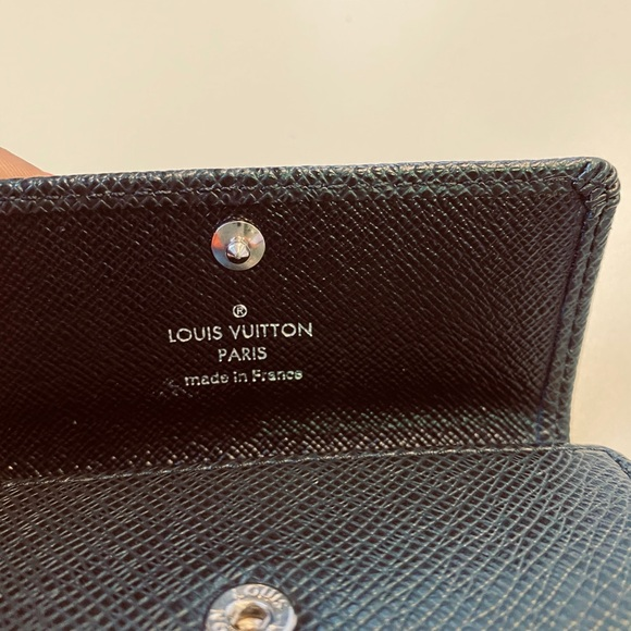 Louis Vuitton Other - Louis Vuitton 4 Key Holder in Taiga Leather